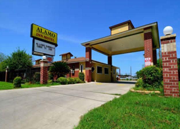 Alamo Inn Motel San Antonio Tx 78203 Alamo Inn Motel